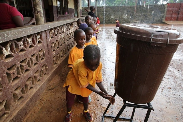 Cost effective ways to leave no-one behind in rural water and sanitation – Summary on the RWSN E-discussion
